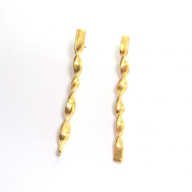 twistedgold_earrings_dorakapousouz