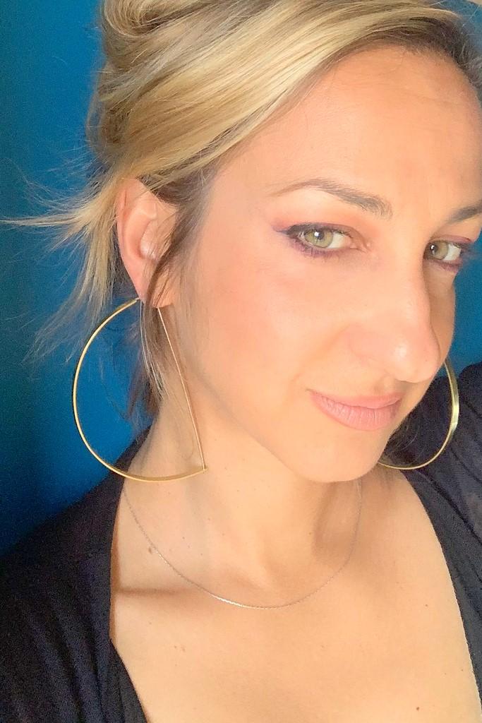 Halfhoop_earrings