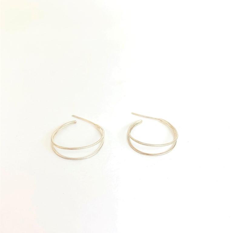 double_hoop_earrings
